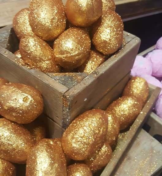 lush lovers golden egg