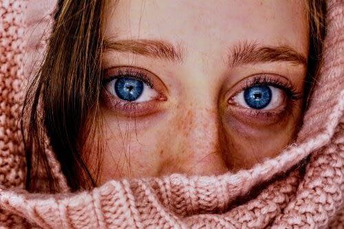 concealer under eye