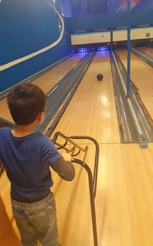 mum date bowling